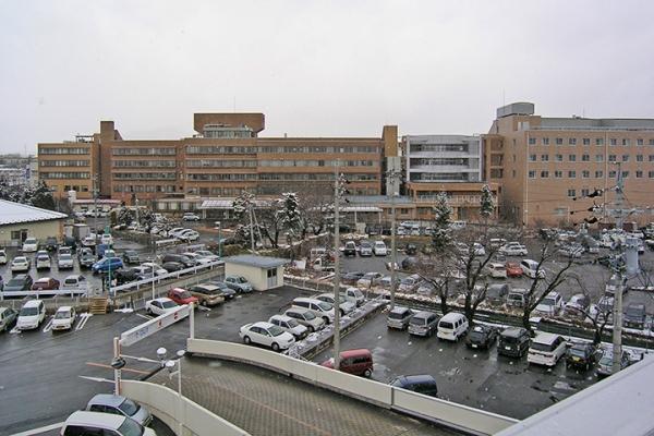 大町病院 大町市の基幹病院であり、長野県最古の自治体病院です。 詳しくは、こちらをご覧ください。